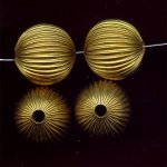 BRASS CORRUGATED 25MM ROUND BEADS - Lot of 12